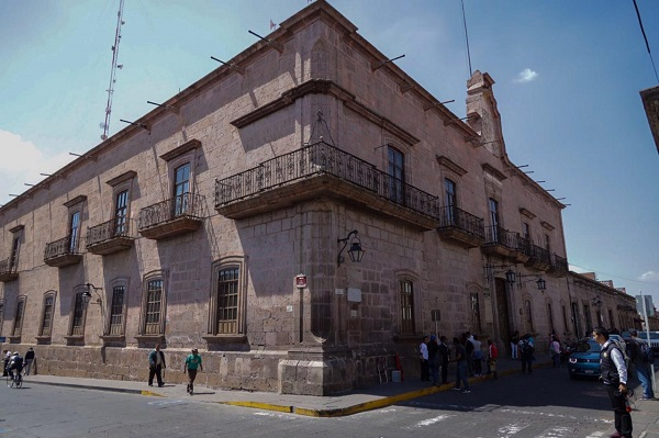 Que se revisen salario de Funcionarios Municipales igual que los del IMDE en Morelia