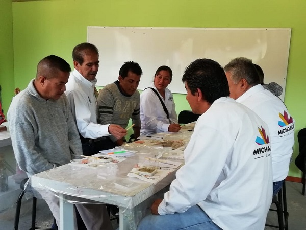 Alumnos e instructores del Icatmi impulsan marcas colectivas