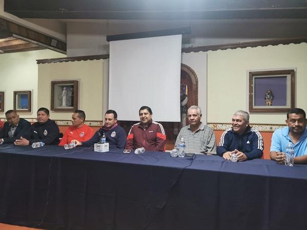 Niños y jóvenes región Uruapan son convocados para pertenecer a las Chivas del Guadalajara