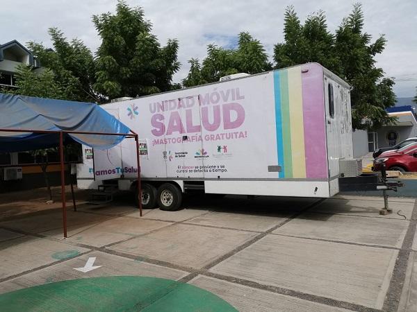 Campaña gratuita de mastografías en Apatzingán