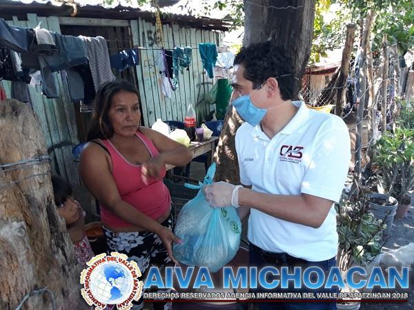 Casa de enlace de Cristóbal Arias distribuyeron alimentos a la población vulnerable de Apatzingán