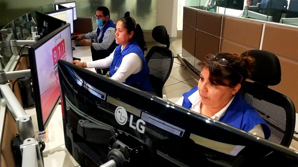 Más de 2 mil michoacanos atendidos en líneas de emergencia ante COVID-19