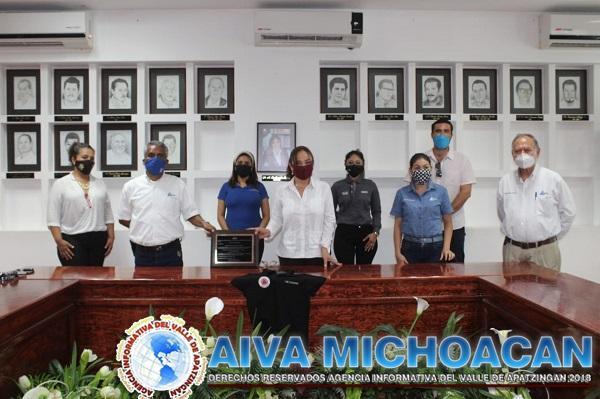 Reconoce Canaco a alcaldesa por ser considerada entre las mejores de Michoacán