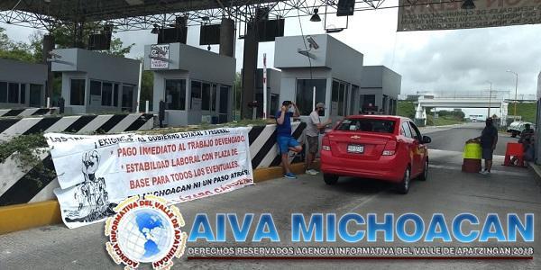 Ante la apatía del Gobierno del Estado maestros eventuales salen a las calles a exigir su pago