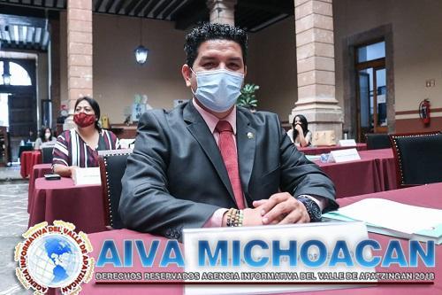 Toño Madriz rechaza tajantemente actitudes anacrónicas y de confrontación de Silvano Aureoles Conejo