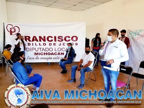 Con éxito se realiza el Segundo Conversatorio Juvenil «Yo Diputado» en Angahuan