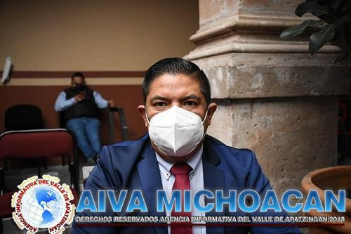 Aplaude Paco Cedillo llegada de vacuna contra covid-19 a Uruapan; Mantengamos el orden, pide
